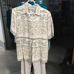 Lady's summer shirt & pants set